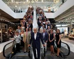 Art Van draws 2 000 people to latest store opening
