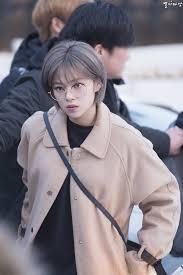 ขอรปไอดอลเกาหลผหญงใสแวนหนอยคะ Pantip Jeongyeon