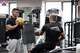 gym instructor difference between personal trainer gym instructor trifocus