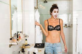 french makeup artist violette glamour violette begins with a face mask i have a crazy beauty routine it 39 s like
