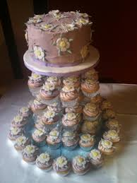 sams wedding cakes use diffe creations for great design 19