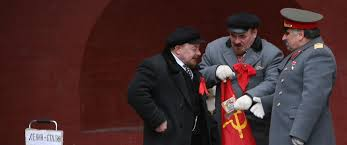 lenin and stalin lenin and stalin come to blows in moscows red square abc news