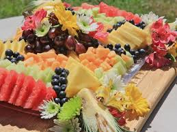 Decorative Fruit Trays How To Make A Beautiful Fruit Tray Divas Can Cook 14