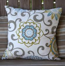 my new pillow the flower is centered but because of the swirls being asymmetrical it looks off