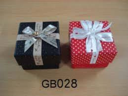 Decorative Holiday Boxes Custom Gift Boxes Cardboard Gift Boxes with Lids Decorative 77