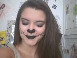 there you go for the cat makeup and if you want to do a cat nail