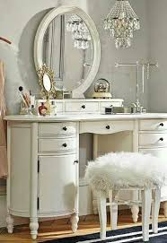 Pin by ..... Ariza. on PiNk& 3VeRy ThING N!c3   Bedroom, Vanity, Room