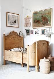 c31f00b5fd651fb2065f9088d vintage kids rooms antique kids room