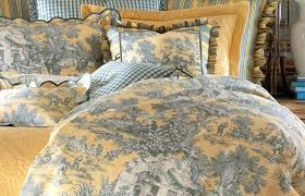 toile bedding blue bathroom decoration medium size bedspreads bedspread blue bedding red french brown french toile toile bedding awesome blue