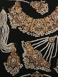 Gold Set Design 2019 In Pakistan Wedding Jewelry Pakistan Bridal Jewelry Pakistani