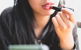 what to do when lip balms just aren t enough for your dry ed and itchy lips her world