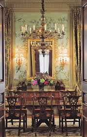 Cream and gold Aubusson rug, green and blue Chinoiserie wall ...