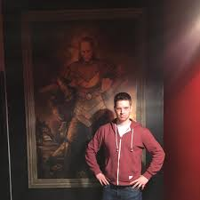 jacob williams on twitter tbt recently saw the possessed painting from ghostbusters 2 yet it somehow looks less creepy than me in this photo