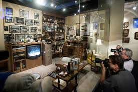 coach john wooden s den has been replicated as an exhibit in ucla tweet