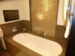 crowne plaza london battersea large bath with television