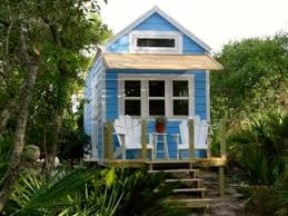 tiny house contractors. Are You Looking To Own A Luxury Tiny House? House Contractors T