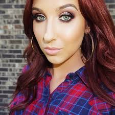 another fabulous pro that i follow on insram jaclyn hill professional makeup artist