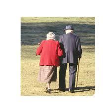 Resultado de imagem para imagens de idosos abandonados