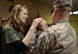 Soldier returns home for early holiday gift - News - The State ...