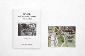 towards a non intentional space vol i about sou fujimoto s  essays:hu fang english version published by koenig books london the pavilion beijing 2016 180 pages booklet b w and color pictures eur 24