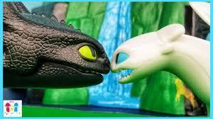 How To Train Your Dragon 3 Playmobil Light Fury Toothless Meets Light Fury How To Train Your Dragon 3 The Hidden World Playmobil Skit Parody