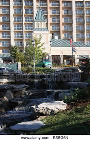 chalet on the lake hotel located on table rock lake behind the dam in branson missouri