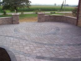 Small Picture circle pattern within paver patio walls that double as benches