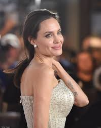 Angelina Jolie Hair Style angelina jolie spends 25 million on hollywood estate daily 3528 by stevesalt.us