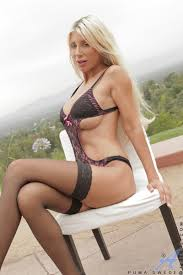 Ultra hot Anilos Puma Swede showing off sexy lingerie Ass Point