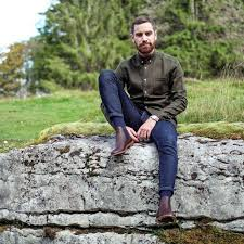 Mens chelsea boots in a variety of styles and sizes perfect for work wear and smart / casual wear. 40 Exclusive Chelsea Boot Ideas For Men The Best Style Variations