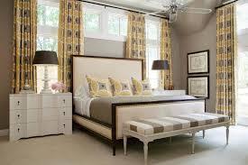Camera Da Letto Beige E Marrone : Tende camera da letto proposte di tendenza per arredare con stile