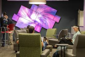 Small Picture SXU installs high tech Video Wall SXNews