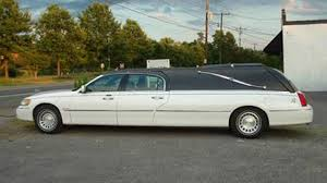 2018 lincoln hearse. brilliant 2018 it goes without saying that when you think youu0027ve seen everything  ainu0027t jack we were reminded of this the other night while perusing new york  with 2018 lincoln hearse
