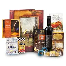 gentleman s premier gourmet moose box with add on guinness chocolate bar