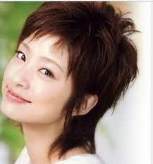 上戸彩さんのウルフショートヘア 大人女性の髪型心理サイト Max戸来