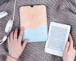 Máy đọc sách Kindle Paperwhite có tốt không, giá bán, địa chỉ mua?