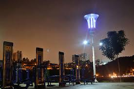solar powered streetlight can issue flood warnings kill mosquitos and charge cell phones architect lighting lighting design lighting