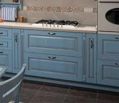 Интересный дизайн маленькой кухни Металл дизайн Мебель интерьер бу на авито омск и мебель для ванных комнат интерьер