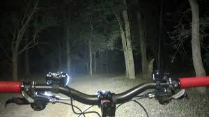Best Rear Bike Light For Daytime The 6 Best Bike Lights To Put Some Glow In Your Go Review Geek