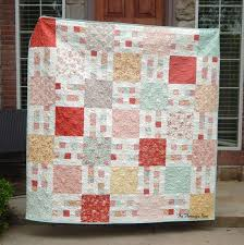 Cele mai bune 25+ de idei despre Layer Cake Quilt Patterns pe ... & Picket Fence Quilt Pattern in 6 Sizes from Wall to King ~ Layer Cake and  Yardage Adamdwight.com