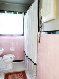 Apartment Therapy Bathrooms Reasons To Love Retro Pink Tiled Bathrooms Hgtvs Decorating
