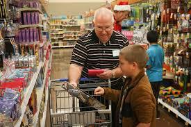 200 willis children go christmas shopping panorama samaritans 200 willis children go christmas shopping panorama samaritans the courier
