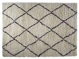 black white diamond rug 180cm x 270cm