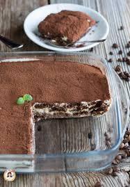 TIRAMISÙ CON PANNA senza mascarpone - Dolce cremoso al cioccolato