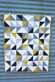 simple but pretty quilt = would look good with red in place of ... & simple but pretty quilt = would look good with red in place of yellow Adamdwight.com