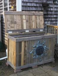 diy pallet garbage bin holder