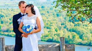 Resultado de imagem para Católicos pedem esclarecimentos sobre observações do cardeal Farrel sobre preparação de pessoas para o casamento