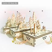 Merry <b>Christmas</b> Wooden Hand <b>shake Music</b> Santa Claus Box <b>Music</b> ...