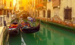 Repubblica italiana / r e ˈ p u b b l i k a i t a ˈ l j a ː n a / 12 écouter), est un pays d'europe du sud correspondant physiquement à une partie continentale, une péninsule située au centre de la mer méditerranée et une partie. Italie Tourisme Et Voyage A La Carte Transat