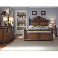 Pulaski Bedroom Furniture Pulaski Cheswick Four Poster Customizable Bedroom Set Reviews